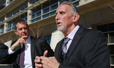 Ngồi tù oan 39 năm, người đàn ông Mỹ nhận bồi thường 21 triệu USD