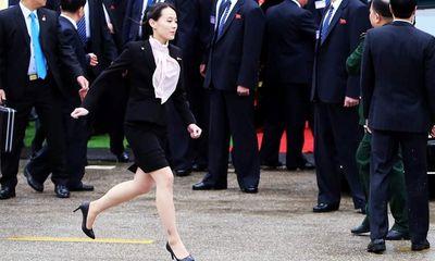 Điều ít biết về người phụ nữ quyền lực luôn sát cánh bên ông Kim Jong-un
