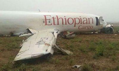 Video: Hiện trường thảm khốc vụ rơi máy bay 157 người thiệt mạng tại Ethiopia