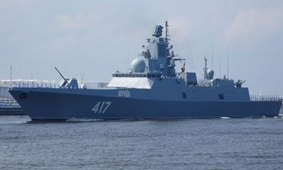 Tàu chiến Nga mang vũ khí gây ảo giác áp sát bờ biển Anh