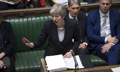 Sắp tới hạn chót, Thủ tướng Anh Theresa May xin hoãn 'rời mái nhà chung với EU' thêm 3 tháng