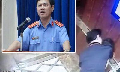 Luật sư phân tích yếu tố pháp lý vụ cựu Viện phó VKSND sàm sỡ bé gái trong thang máy