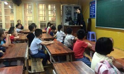 Vụ tai nạn hầm Kim Liên: Nghẹn ngào lời những đứa trẻ rì rầm báo nhau cô giáo thân yêu đã mất