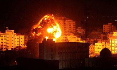 Israel không kích dữ dội Dải Gaza, đáp trả việc bị nã liên tiếp gần 50 quả rocket