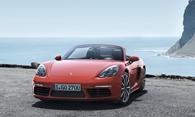 """Bảng giá Porsche mới nhất tháng 5/2019: 718 Boxster giá """"mềm"""" nhất từ 3,6 tỷ đồng"""