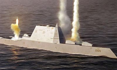 So sánh sức mạnh tàu khu trục tàng hình Mỹ với tàu chiến tốt nhất Trung Quốc