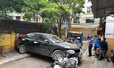 Vụ xe Camry lùi cán chết người ở Hà Nội: Vì sao chưa công bố danh tính tài xế?