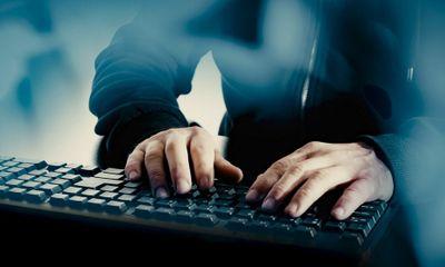 Thiếu niên 13 tuổi hack máy chủ Apple được tòa tha bổng, chỉ bị phạt 500 USD