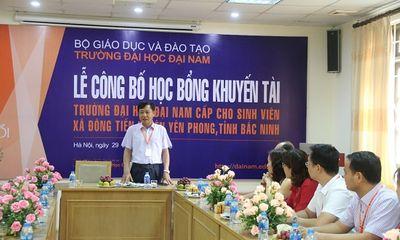 Giáo dục - Hướng nghiệp - ĐH Đại Nam cấp 500 triệu đồng học bổng Khuyến tài cho SV xã Đông Tiến – Yên phong - Bắc Ninh