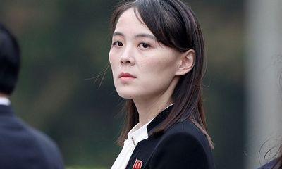 Em gái ông Kim Jong-un bất ngờ xuất hiện giữa 'bão' tin đồn thất thiệt
