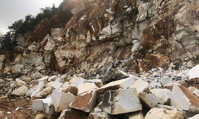 Sẩy chân khi khoan đá nổ mìn, một lao động ở Nghệ An tử vong thương tâm