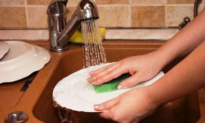 7 sai lầm khi dùng nước rửa chén mà các bà nội trợ thường mắc phải