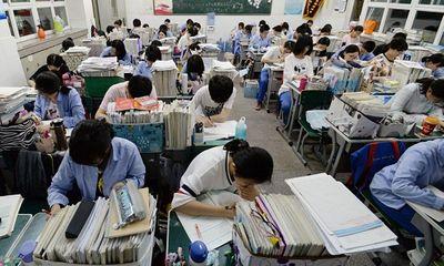"""Học sinh Trung Quốc lạm dụng """"thuốc kích thích thông minh"""" cho kỳ thi đại học"""