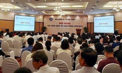 BHXH Việt Nam: Nâng cao bồi dưỡng trình độ cho cán bộ văn phòng