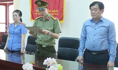 Giám đốc Sở GD&ĐT Sơn La Hoàng Tiến Đức bị cách hết chức vụ Đảng vì liên quan đến gian lận thi cử