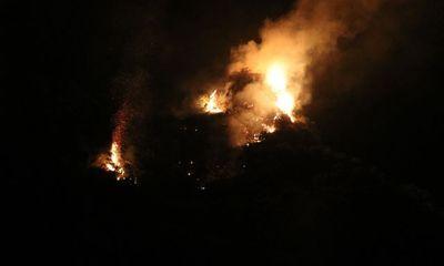 Đám cháy thiêu rụi nhiều ha rừng trong quần thể danh thắng Tràng An