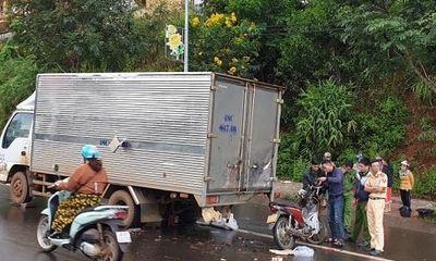 Tông thẳng vào đuôi xe tải đang đỗ, chiến sĩ công an tử vong thương tâm