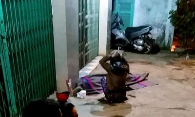Gia Lai: Thanh niên bán vé số bị truy sát nhầm, mẹ ôm xác con gào khóc