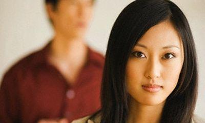 Bị chồng phản bội, vợ không đánh ghen mà lẳng lặng hành động khiến chị em nể phục