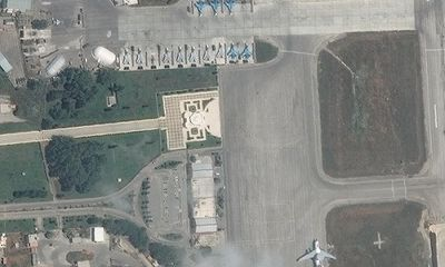 Ảnh vệ tinh hé lộ việc Nga đưa hàng loạt tiêm kích tới căn cứ quân sự ở Syria?