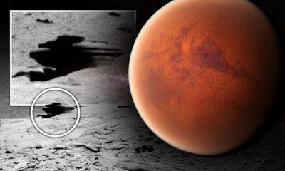 Tàu thăm dò Spirit của NASA phát hiện ra căn cứ UFO trên sao Hoả từ gần chục năm trước?