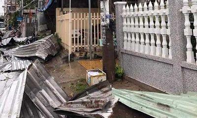 An Giang: Mưa dông lớn làm hơn 600 ngôi nhà bị sập và tốc mái, 1 người bị sét đánh tử vong