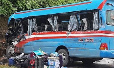 Vụ xe khách tông xe container ở Tuyên Quang: Các nạn nhân là giáo viên đi từ thiện