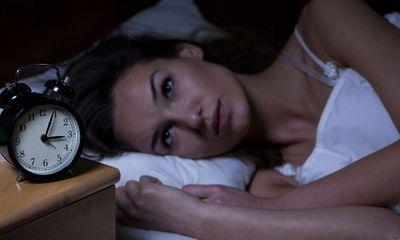 Mẹ thức khuya ảnh hưởng như thế nào tới thai nhi?
