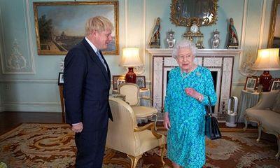 Tân Thủ tướng Anh Boris Johnson phá vỡ quy tắc Hoàng gia ngay khi vừa nhậm chức