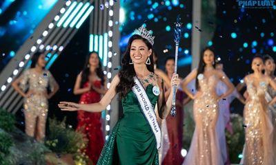 Hoa hậu Lương Thùy Linh mở lại Facebook sau đăng quang, vẫn còn