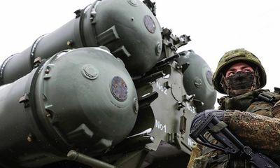 'Rồng lửa' S-400 của Nga khoe sức mạnh, tấn công tiêu diệt 30 mục tiêu tốc độ cao