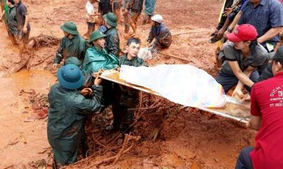 Vụ sạt lở đất vùi lấp 3 người trong gia đình: Đã tìm thấy thi thể các nạn nhân