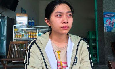 Cay mắt nghe cảnh đời mồ côi mẹ của tân sinh viên trường Đại học Ngoại ngữ Đà Nẵng