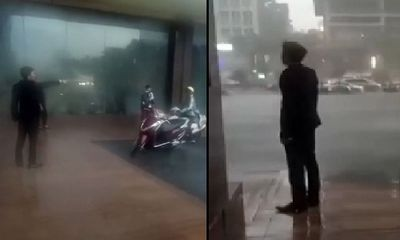Clip: Xôn xao nghi án bảo vệ khách sạn xua đuổi người dân trú mưa lớn