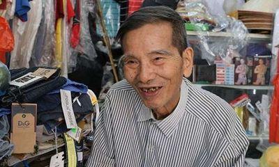 Nghệ sĩ Trần Hạnh xúc động nhận danh hiệu NSND ở tuổi 90