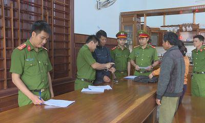 Đắk Lắk: Bắt chủ doanh nghiệp chứa gỗ lậu