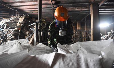 Quân đội huy động gần 150 chiến sĩ 'làm sạch' Công ty Rạng Đông