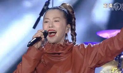 Hát mừng Trung thu, ca sĩ Trung Quốc bị chê phá nát nhạc phim