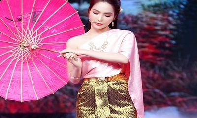 Dương Kim Ánh khoe giọng hát ngọt ngào tại chương trình Tình ca miền sông Hậu