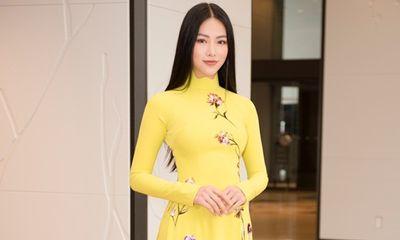 Hoa hậu Phương Khánh diện áo dài hơn 100 triệu ở Nhật Bản