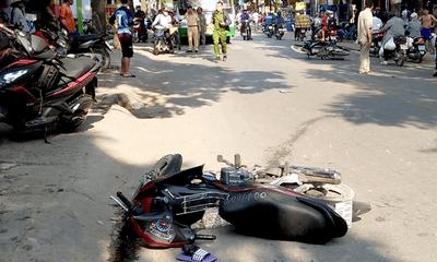Hà Nội: Xe máy bất ngờ gặp nạn, 3 mẹ con tử vong thương tâm