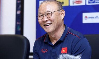 Phản ứng của HLV Park Hang-seo khi bị khuyên rời Việt Nam