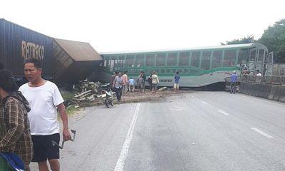 Vụ lật tàu hỏa ở Nghệ An: Vị trí xảy ra tai nạn đã được cắm biển cảnh báo