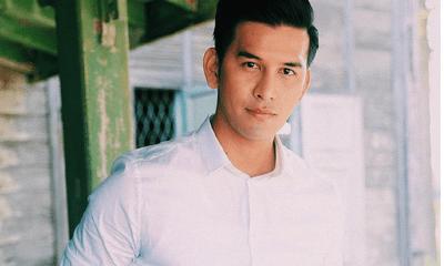 Diễn viên/MC điển trai Thái Lan treo cổ tự tử nghi vì trầm cảm