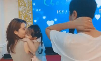 Hồ Hoài Anh đeo nhẫn cưới, xuất hiện cùng Lưu Hương Giang và con gái sau ồn ào ly hôn