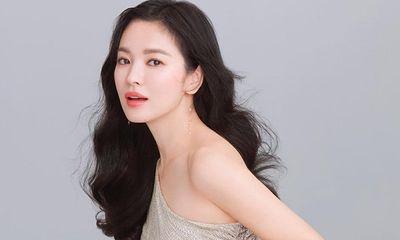 Song Hye Kyo lần đầu xuất hiện trước công chúng tại Hàn Quốc sau ly hôn