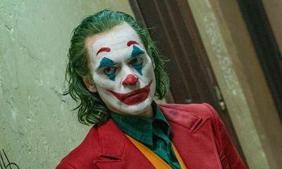 """Siêu phẩm """"Joker"""" thống trị phòng vé, đạt 55 triệu USD trong tuần thứ 2 khởi chiếu"""
