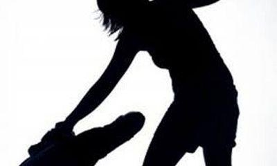 Điều tra nghi án vợ giết chồng rồi phi tang xác xuống ao nhà