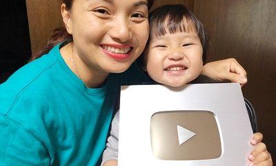 Con trai trở thành 'hot meme' trên mạng xã hội, Vlogger Quỳnh Trần bất ngờ lên tiếng