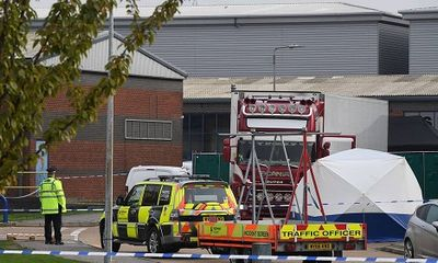 Vụ 39 người chết trong xe container ở Anh: Sự gia tăng của nạn buôn người và nhập cư trái phép vào Anh